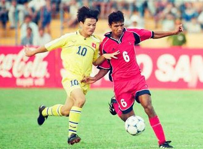 Văn Quyến khiến Trung Quốc ôm hận, suýt chút nữa đưa Việt Nam vào đến sân chơi World Cup - Ảnh 2.