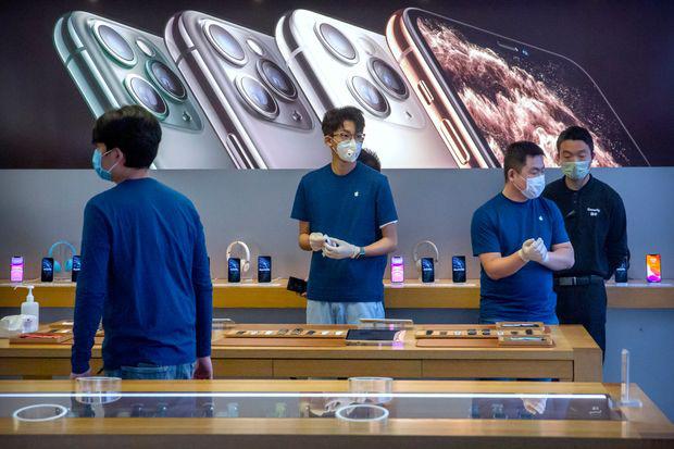 Tim Cook cùng Apple đặt cược mọi thứ vào Trung Quốc và cái kết của ván cờ tất tay - Ảnh 1.