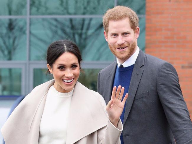 Nữ hoàng Anh chính thức gặp mặt cháu trai Harry sau những rạn nứt và tổn thương, chỉ với một câu nói cũng đủ khiến vợ chồng Meghan phải suy nghĩ - Ảnh 2.