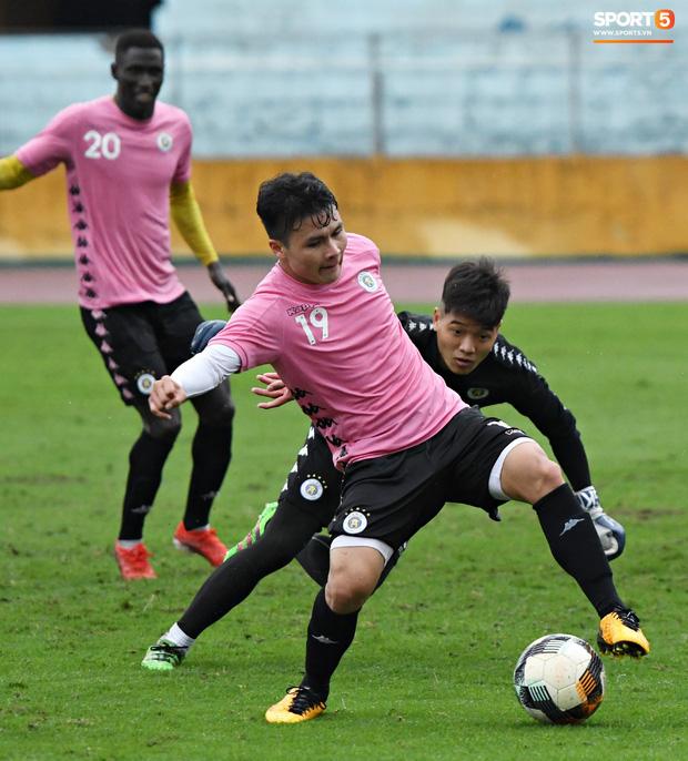 Đình Trọng đi tái khám, chắc chắn không thi đấu trận khai màn V.League 2020: CLB Hà Nội đặt niềm tin vào bộ đôi tuyển thủ U23 - Ảnh 2.
