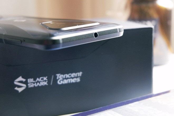 Trên tay Black Shark 3: Siêu phẩm smartphone chơi game của Xiaomi - Ảnh 17.