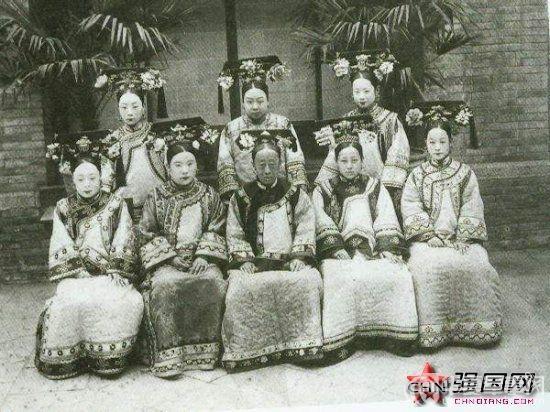 Triều nhà Thanh có hơn 200 nghìn nữ nhân, tại sao đa số các bức ảnh phi tần hậu cung được lưu giữ đến ngày nay lại kém sắc như thế? - Ảnh 3.