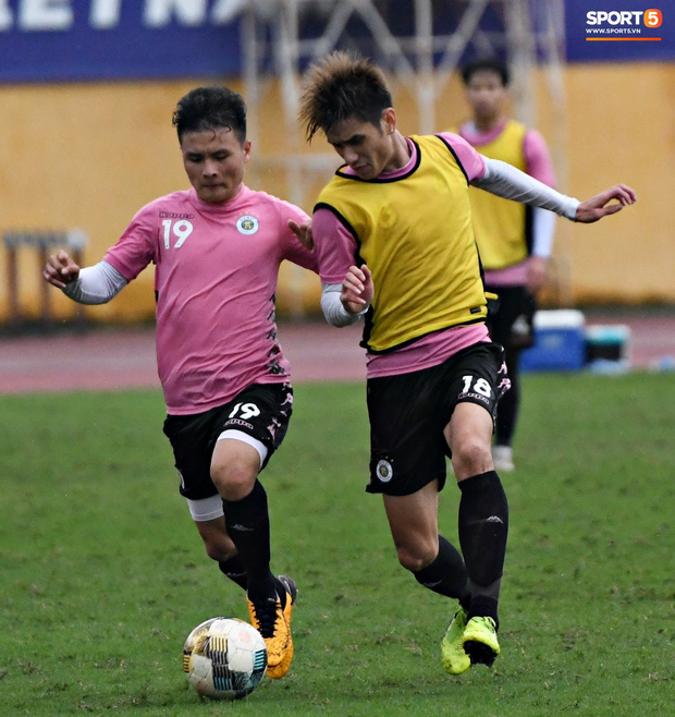 Đình Trọng đi tái khám, chắc chắn không thi đấu trận khai màn V.League 2020: CLB Hà Nội đặt niềm tin vào bộ đôi tuyển thủ U23 - Ảnh 3.