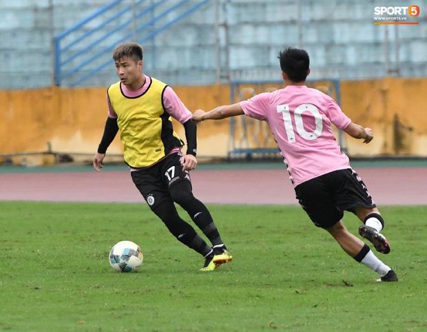 Đình Trọng đi tái khám, chắc chắn không thi đấu trận khai màn V.League 2020: CLB Hà Nội đặt niềm tin vào bộ đôi tuyển thủ U23 - Ảnh 4.