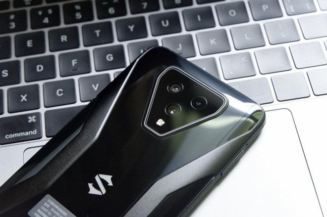 Trên tay Black Shark 3: Siêu phẩm smartphone chơi game của Xiaomi - Ảnh 5.