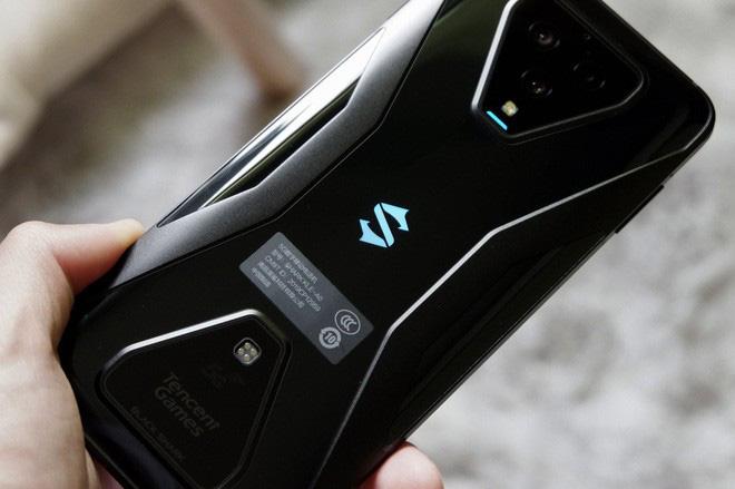 Trên tay Black Shark 3: Siêu phẩm smartphone chơi game của Xiaomi - Ảnh 8.