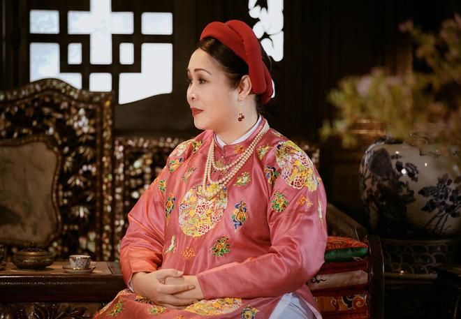 NSND Hồng Vân: Anh Thành Lộc chửi là mọi người câm họng hết, chỉ có mình tôi dám cãi - Ảnh 1.