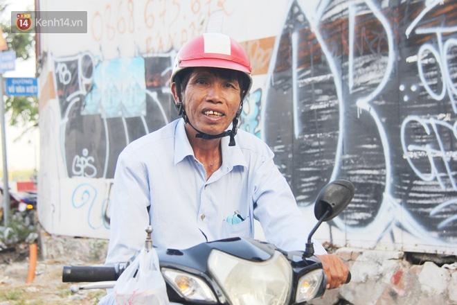 Đằng sau câu chuyện người đàn ông nghèo bật khóc khi bị CSGT tịch thu xích lô: Mấy chú góp tiền để tui mua chiếc xe máy, tui biết ơn dữ lắm!  - Ảnh 8.