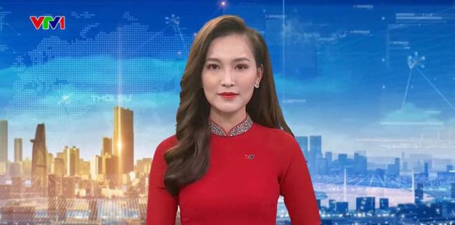 Cận cảnh nhan sắc đời thường và những điều ít biết về nữ BTV xinh đẹp, đang dẫn Thời sự 19h của VTV - Ảnh 1.