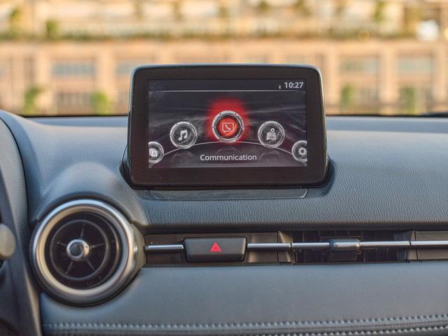 Mazda2 2020 chính thức ra mắt tại Việt Nam: Cạnh tranh Toyota Vios, nhưng công nghệ như CX-8 - Ảnh 9.