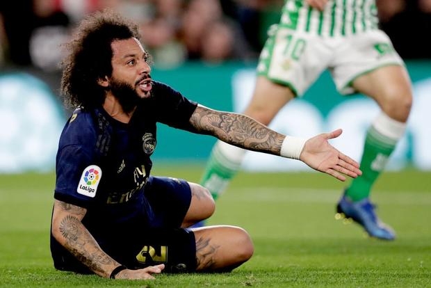 Đồng đội cũ của Messi khiến Real Madrid sấp mặt và chính thức phải dâng ngôi đầu vào tay Barcelona - Ảnh 4.