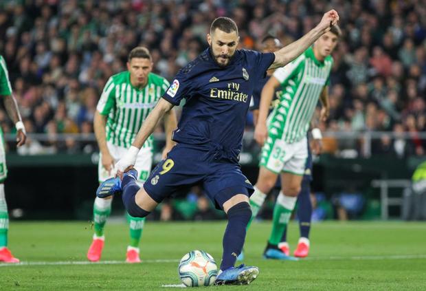 Đồng đội cũ của Messi khiến Real Madrid sấp mặt và chính thức phải dâng ngôi đầu vào tay Barcelona - Ảnh 5.