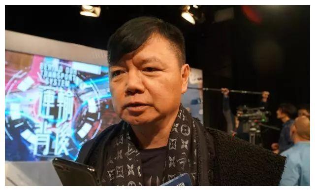 Tài tử Thiên long bát bộ: Cuộc sống chật vật, phải livestream để kiếm tiền chữa bệnh cho vợ - Ảnh 4.