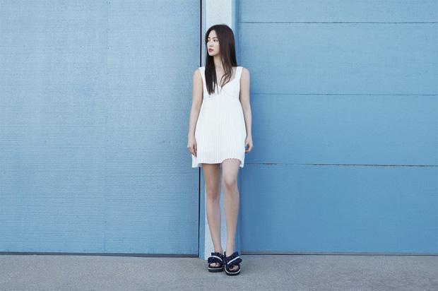Bộ ảnh mới khoe gây bão của Song Hye Kyo: U40 mà trẻ đẹp mơn mởn như gái đôi mươi, body hậu ly hôn lột xác bất ngờ - Ảnh 7.