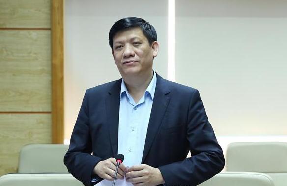 Diễn biến mới nhất về sức khỏe của 4 ca mắc COVID-19 nặng ở Việt Nam; Bộ Y tế thông tin việc xử lý 3 ổ dịch tại Hà Nội và TP.HCM - Ảnh 1.