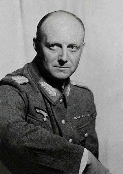 6 lần thoát khỏi lưỡi hái tử thần của Hitler: Vì sao sau lần chết hụt cuối cùng trùm phát xít bỗng biến mất cho đến khi tự sát? - Ảnh 4.