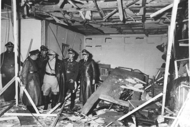 6 lần thoát khỏi lưỡi hái tử thần của Hitler: Vì sao sau lần chết hụt cuối cùng trùm phát xít bỗng biến mất cho đến khi tự sát? - Ảnh 6.