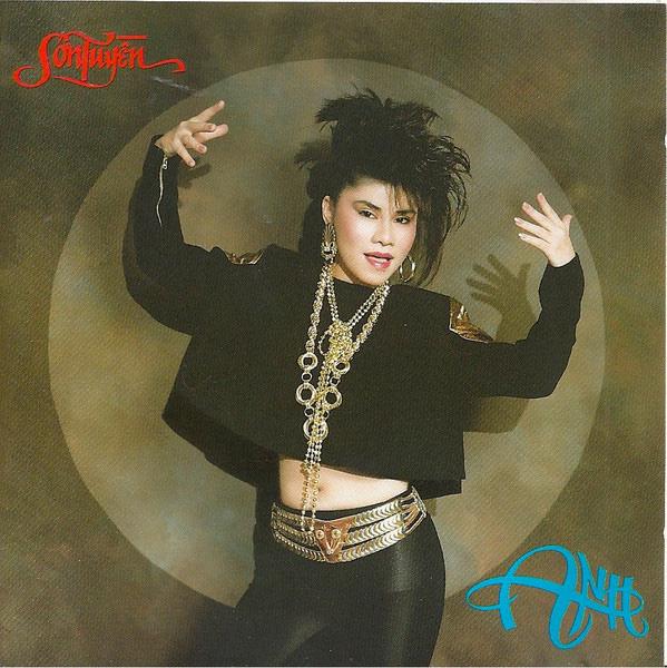 Danh ca Sơn Tuyền: Mỗi lần gặp, chị hai Thanh Tuyền rất khó chịu với đầu tóc của tôi - Ảnh 4.