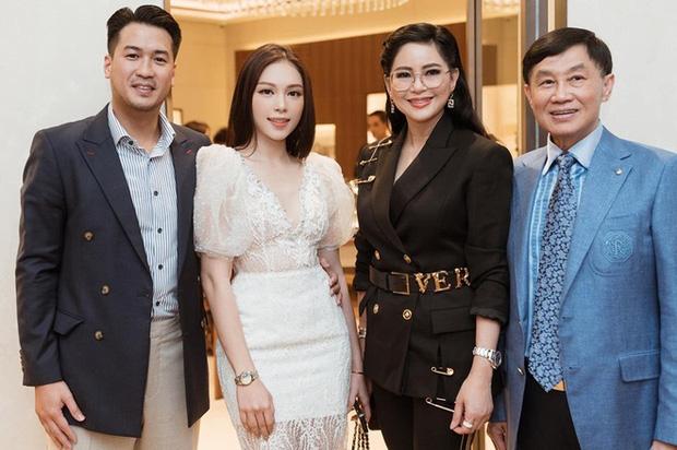 Những bóng hồng đi qua cuộc đời Phillip Nguyễn: Toàn mỹ nhân có số má, riêng Linh Rin được cưng nhất - Ảnh 25.