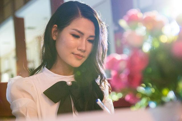 Hoa hậu thân thiện Ngọc Anh: Người mẫu nào đến muộn mà không xin phép là tôi cắt diễn luôn - Ảnh 7.