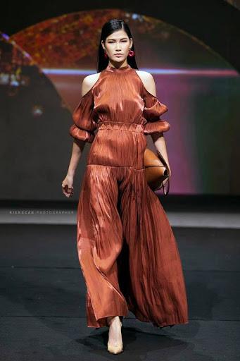 Hoa hậu thân thiện Ngọc Anh: Người mẫu nào đến muộn mà không xin phép là tôi cắt diễn luôn - Ảnh 4.