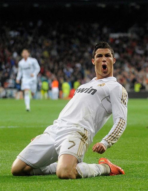Ngày này năm xưa: Ronaldo cán mốc 300 bàn thắng trong sự nghiệp - Ảnh 1.