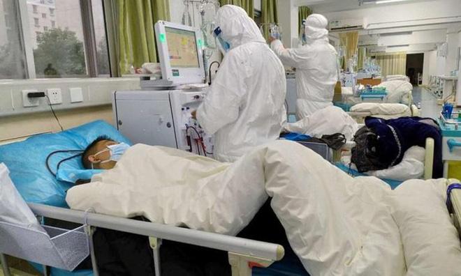 BS Trương Hữu Khanh: Hai khả năng khiến bệnh nhân số 22 tái dương tính - Ảnh 1.