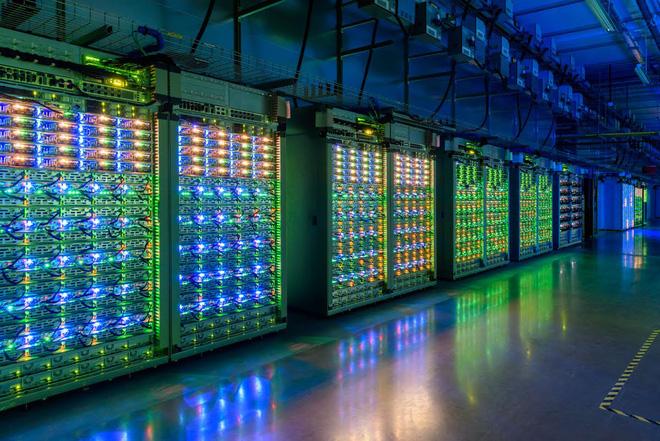 Giải pháp cho vấn đề nhân viên không đến được công ty, không có PC đủ mạnh tại nhà - Ảnh 2.