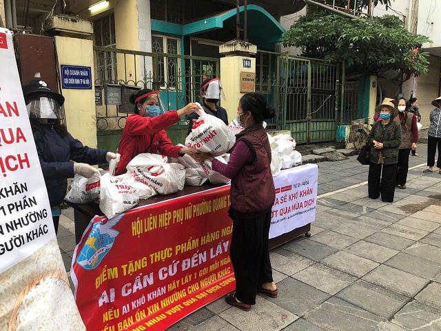 Các cấp Hội LHPN Hà Nội: Nghiêm túc cùng Thành phố phòng chống dịch bệnh Covid-19 - Ảnh 1.