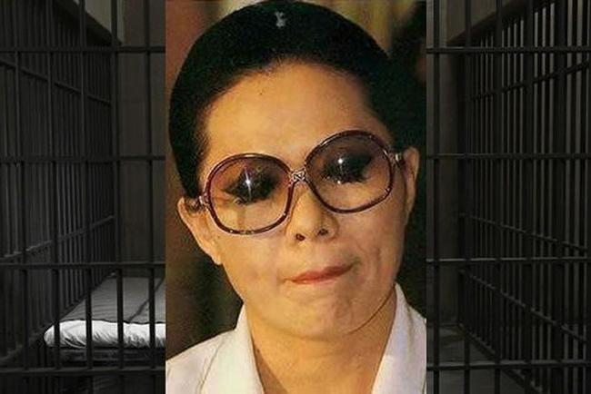 Bản án dài nhất thế giới: Lừa đảo gần 17.000 người gồm nhiều thành viên hoàng gia, nữ tội phạm phải chịu hình phạt hơn 141.000 năm tù giam - Ảnh 1.