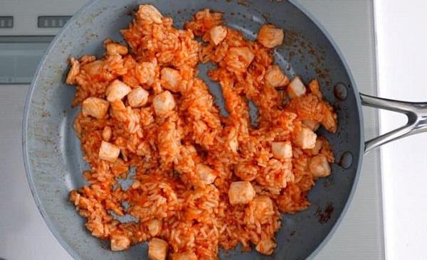 Học người Nhật làm món cơm gà ngon xuất sắc, ai ăn cũng mê tít - Ảnh 3.