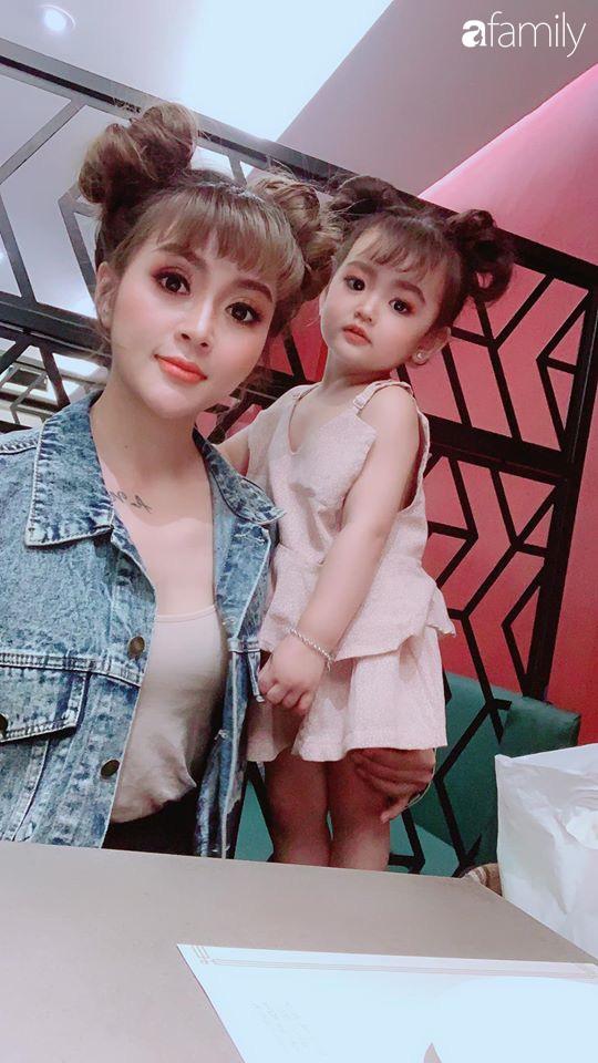 Ở nhà quá chán, hot mom Hà Nội nảy ra ý định lấy quần đùi của chồng cosplay cho con gái 2 tuổi, không ngờ ra lò bộ ảnh đẹp như tạp chí - Ảnh 23.