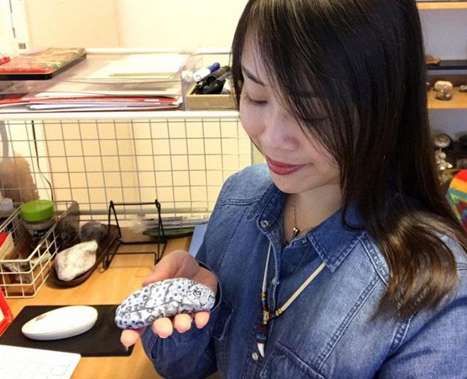 Nghệ sỹ Nhật biến những viên đá đơn điệu thành những tác phẩm nghệ thuật đầy quyến rũ - Ảnh 2.