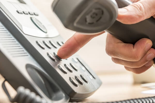 Chuẩn bị cho cuộc phỏng vấn qua điện thoại, con trai khiến mẹ đi từ buồn cười đến xấu hổ: Kết quả cuối cùng mới là điều đáng ngẫm - Ảnh 1.