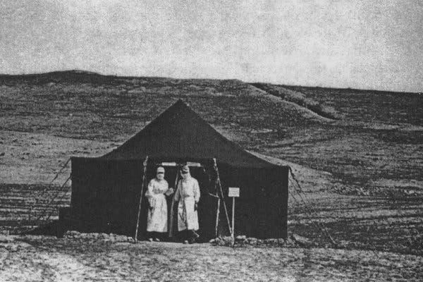 Báo Mỹ: Di sản y tế thời Liên Xô đã phát huy tác dụng rõ rệt trong quá trình phòng dịch COVID-19 - Ảnh 1.