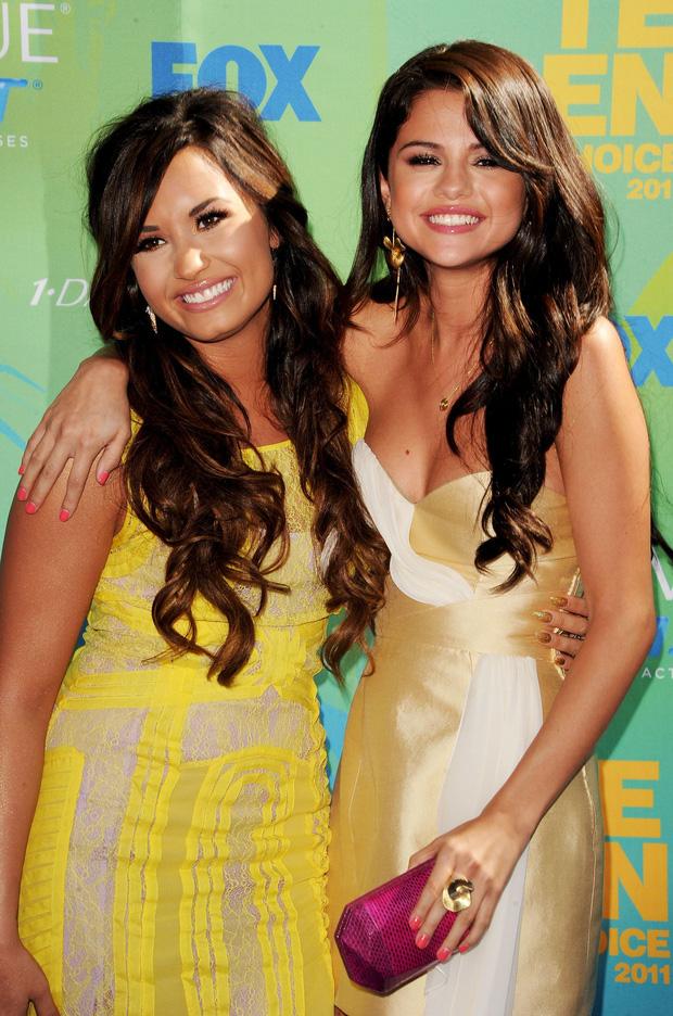 Demi Lovato thẳng mặt tuyên bố không còn chị em gì với Selena Gomez, cảm thấy khó hiểu vì hành động này của bạn cũ - Ảnh 3.