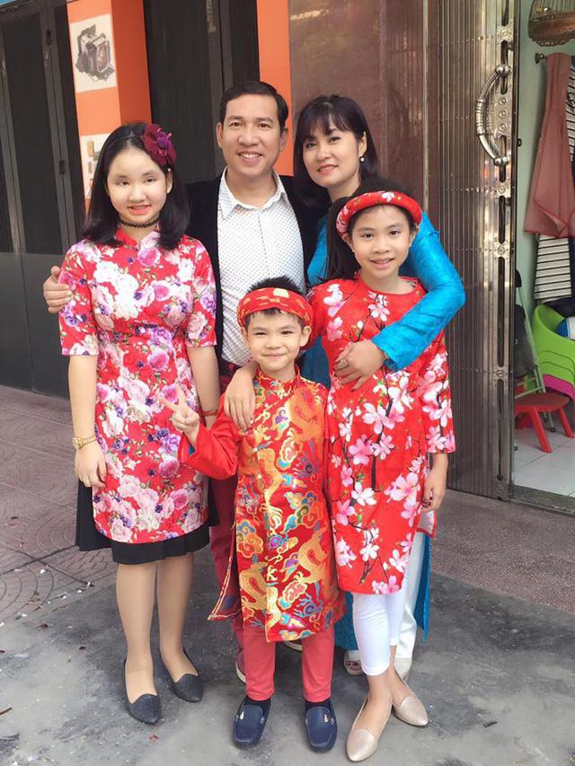 NSƯT Quang Thắng nói về bà xã kém 11 tuổi: Tôi không sợ vợ, hai vợ chồng vẫn xung đột nhau đấy - Ảnh 3.