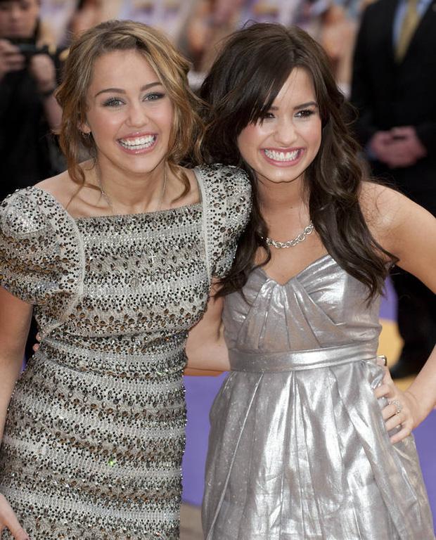 Demi Lovato thẳng mặt tuyên bố không còn chị em gì với Selena Gomez, cảm thấy khó hiểu vì hành động này của bạn cũ - Ảnh 4.