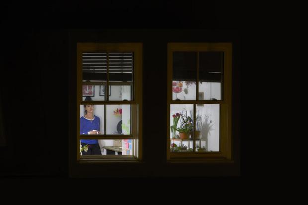 Nhiếp ảnh mùa dịch: Bộ ảnh qua khung cửa sổ hàng xóm trong những ngày ở nhà giãn cách xã hội - Ảnh 5.