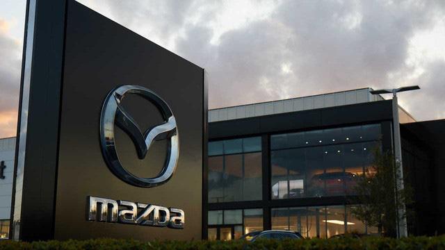 Không thể sản xuất máy thở, Mazda chọn cách này để chống COVID-19 - Ảnh 1.