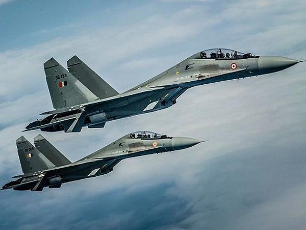 Phi công KQ Ấn Độ kinh hãi quan tài bay, lộ lý do khủng khiếp: Vừa thêm Apache sã cánh - Ảnh 4.