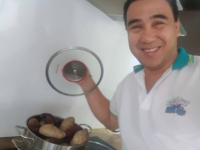 Bữa sáng đạm bạc và sở thích ăn uống của MC giàu nhất Việt Nam Quyền Linh - Ảnh 4.