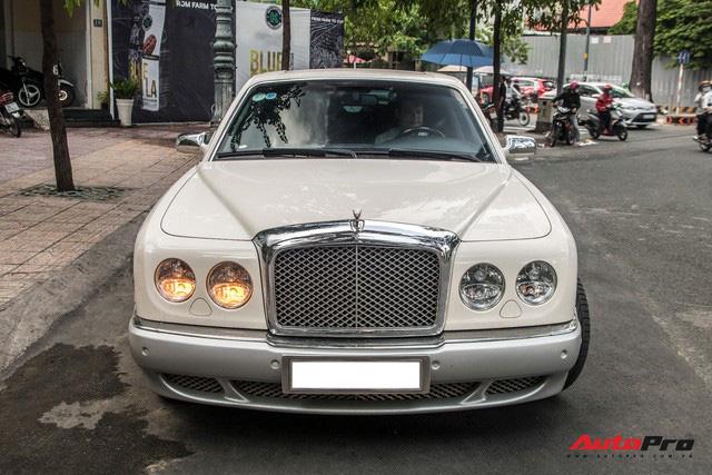 Những điều ít biết về Bentley Arnage của ông Đặng Lê Nguyên Vũ: Hàng hiếm đầu tiên Việt Nam, giá đồn đoán 21 tỷ từ nhiều năm trước - Ảnh 4.