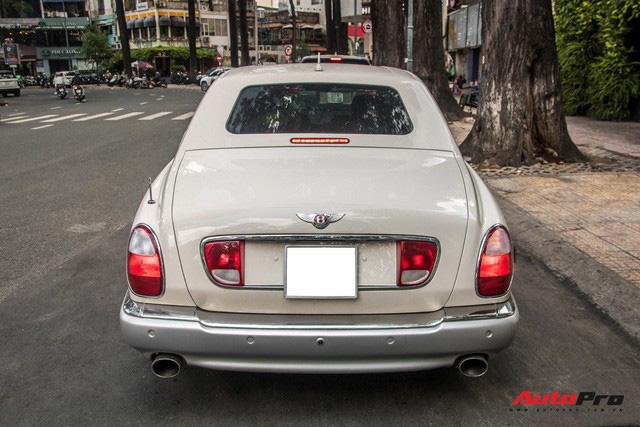 Những điều ít biết về Bentley Arnage của ông Đặng Lê Nguyên Vũ: Hàng hiếm đầu tiên Việt Nam, giá đồn đoán 21 tỷ từ nhiều năm trước - Ảnh 7.