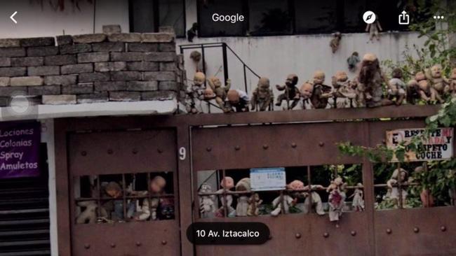 Bức ảnh ngôi nhà búp bê ghê rợn lan truyền trên mạng xã hội, cư dân mạng rỉ tai nhau: Đừng tìm nó trên Google Maps vào ban đêm mà mất ngủ! - Ảnh 2.