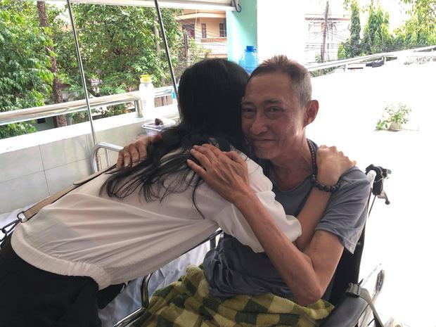 1 năm ngày mất, bạn bè đồng nghiệp cùng chia sẻ loạt ảnh xúc động tưởng nhớ cố nghệ sĩ Lê Bình: Nụ cười vẫn còn mãi! - Ảnh 1.