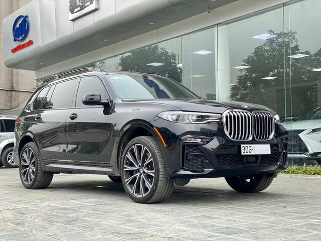 BMW X7 mới chạy 4.600 km đã được rao bán, mức giá gần 6,7 tỷ đồng gây tranh luận: 'Giá này thà mua xe mới' - Ảnh 1.