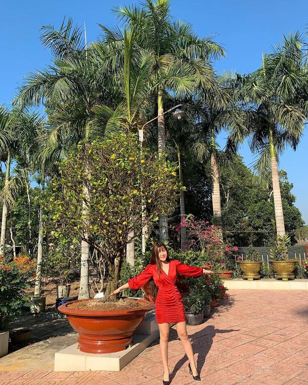 Miệt mài tập tành giữ body lại bị cà khịa ở dơ, bạn gái Lâm Tây đáp gọn lỏn: Vườn nhà 3 mẫu nên không quét nổi - Ảnh 4.