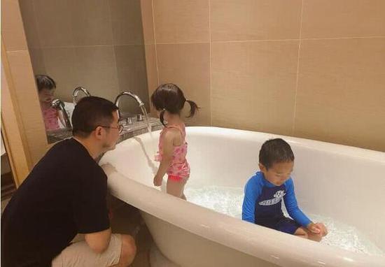 Đăng đàn cảnh cáo Tuesday trên mạng xã hội khiến dân mạng xôn xao: Cuộc chiến giữa vợ chủ tịch Taobao và nàng hotgirl quả thật rất đặc sắc - Ảnh 4.