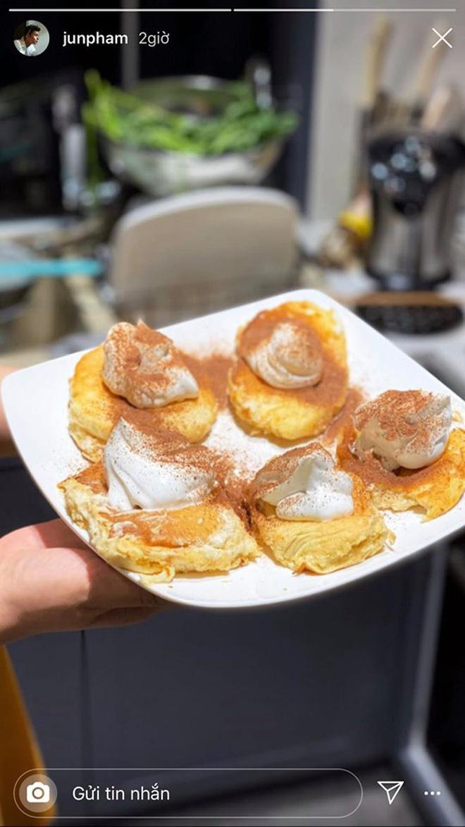 Không nhà hàng đắt đỏ, sao Vbiz tiết kiệm với mâm cơm nhà mùa dịch: Tóc Tiên nịnh chồng món ngon, Băng Di nấu bữa chỉ 50K - Ảnh 23.